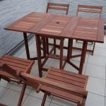 使わないときは椅子も収納できる山善のガーデニングテーブルが便利!