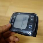 【レビュー】手首式血圧計「オムロン HEM-6310F」は手軽に測定ができ、安定した測定結果が出るよ!