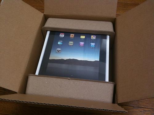 祝!iPad日本発売!開梱の儀をしました!