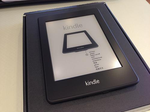 遂に日本でも販売!Kindle Paperwhite 3G 開封の儀 &ファーストインプレッション。いつでも3G回線で繋がるのは超快適!