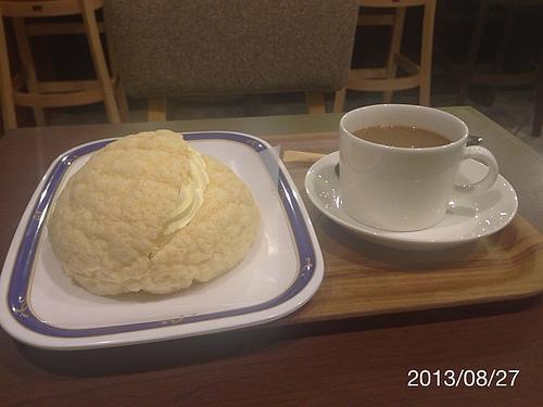 大阪で有名なパン屋さんのHOKUO cafe 心斎橋店へ行ってみた